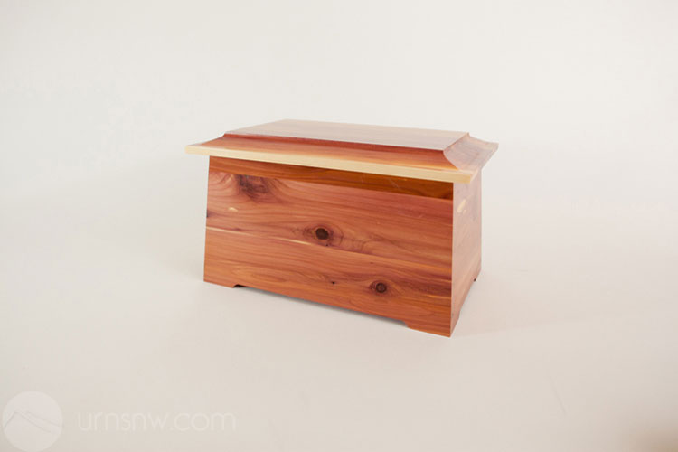 Sonata funeral urn in cedar wood