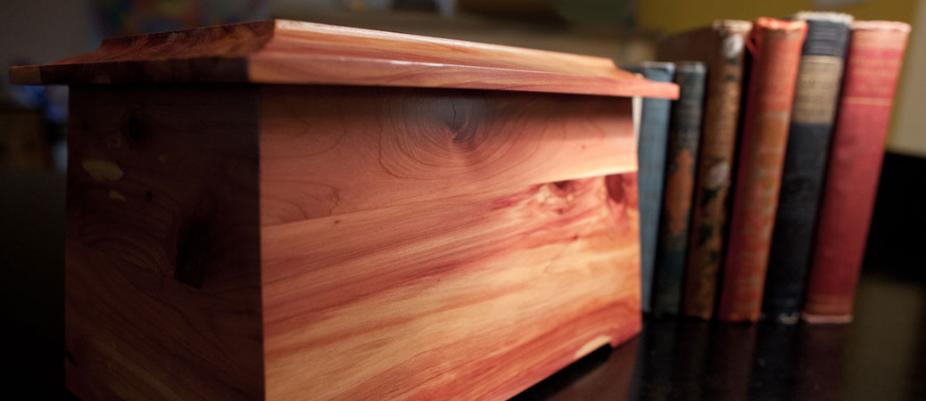 Fine Craftsmanship in Cedar Wood Cremation Urns