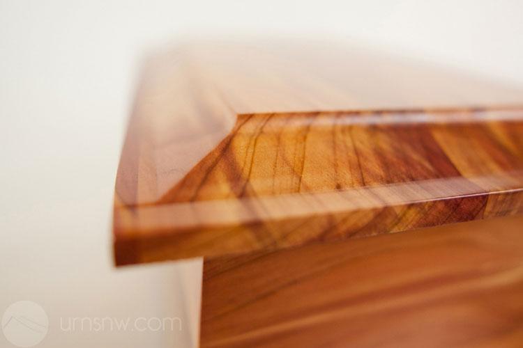 Premium wood urns