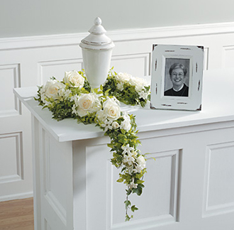 14 Funeral Urn Memorial Service Table Arrangement Ideas