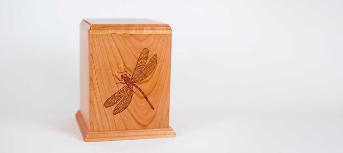 Video: Wooden Dragonfly Cremation Urn
