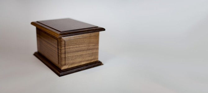Walnut Wood Companion Urn: The Boston II