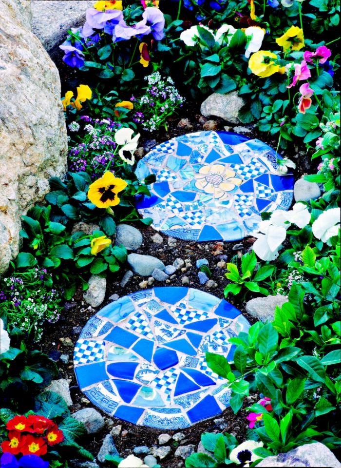 Make stepping stones from loved one's cremated remains