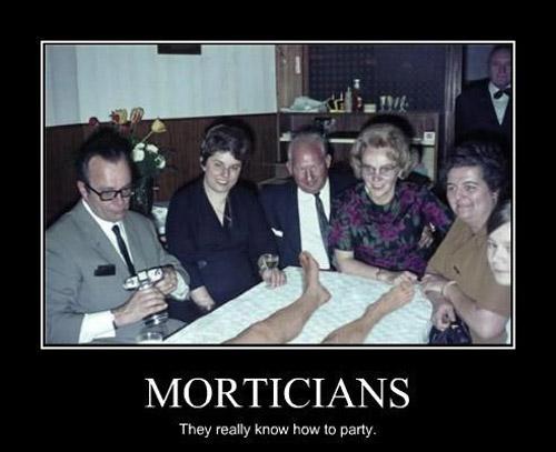 36 Hilarious Mortician Humor Memes Urns – Mortician Job Description