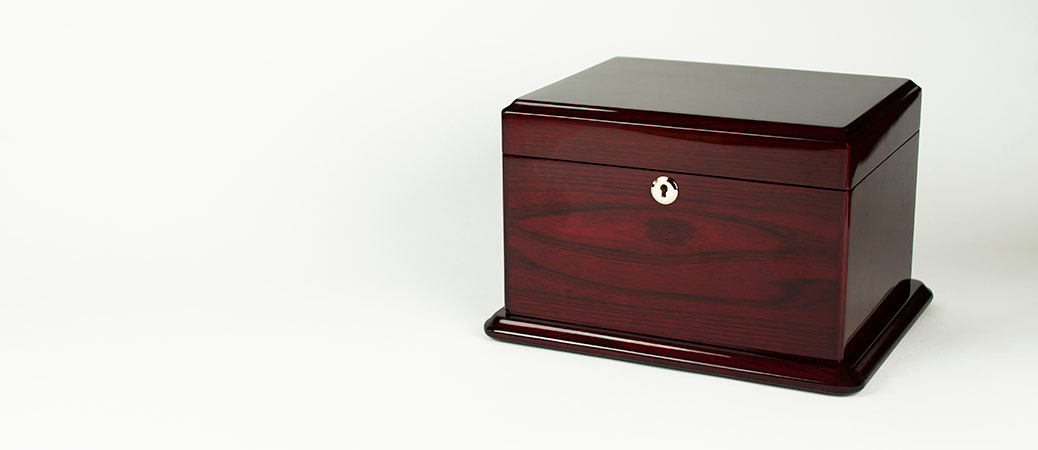 Rosewood Chippendale Chest Urn