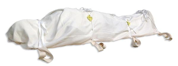 How to carry a body for natural burial