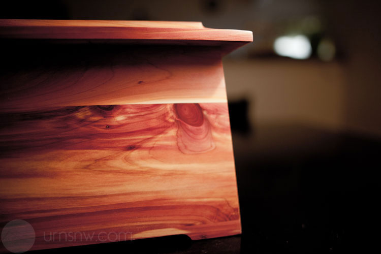 Funeral Urns in Wood
