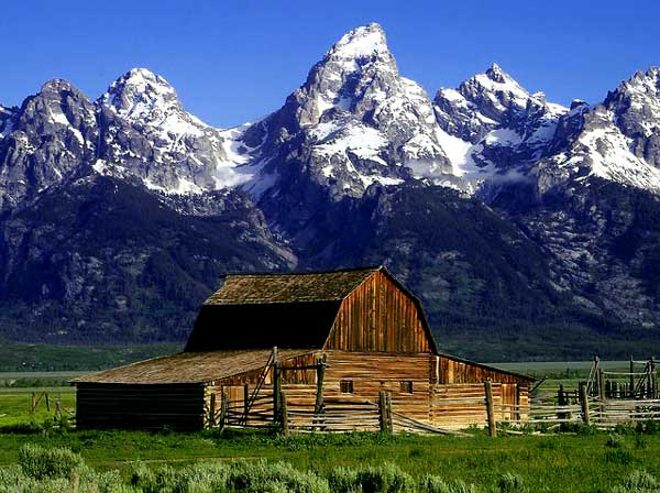 Barn and Grant Teton