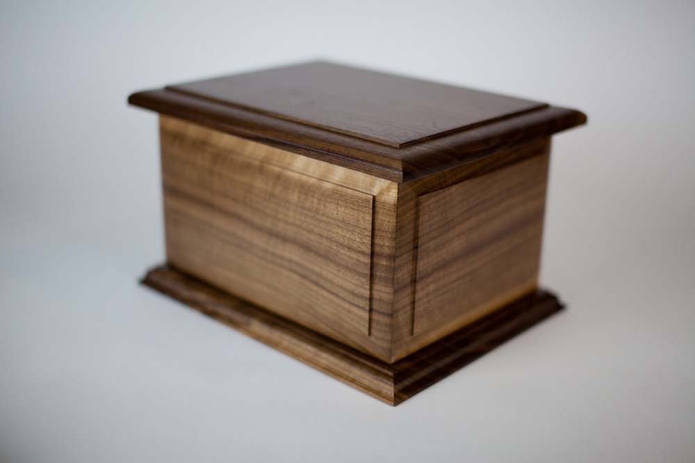 Wood Companion Urn