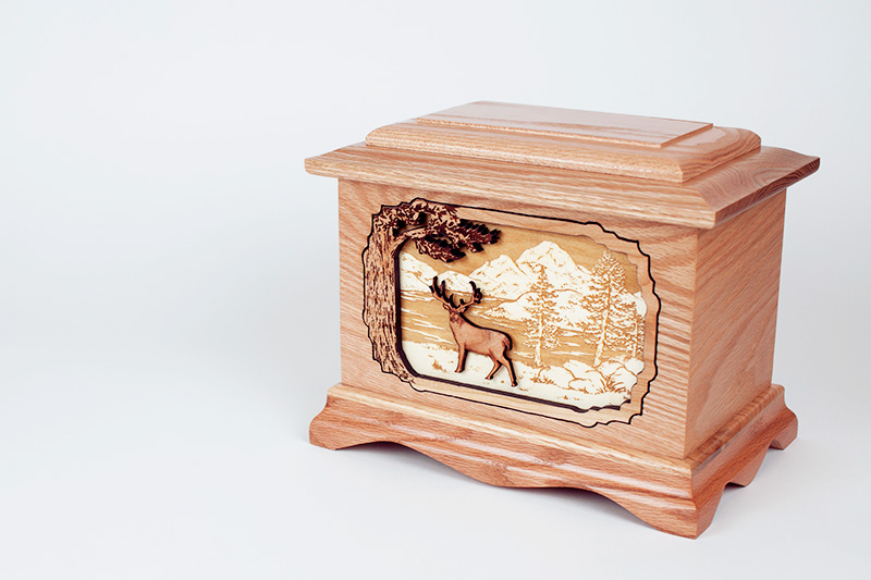 Oak Wood Urn with Rustic Hunting Inlay