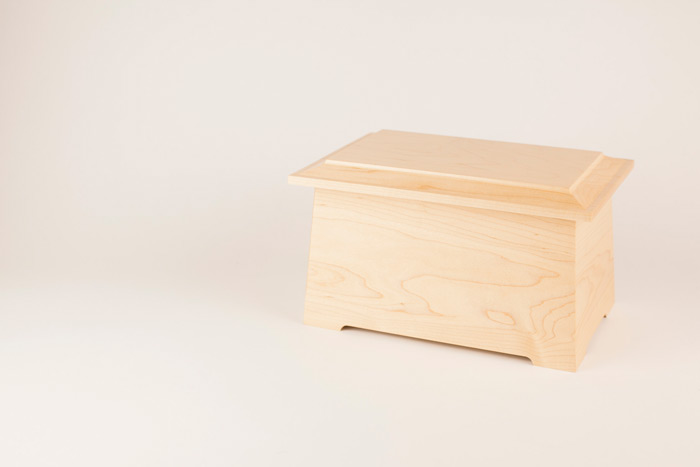 Urns Made in the USA from Maple