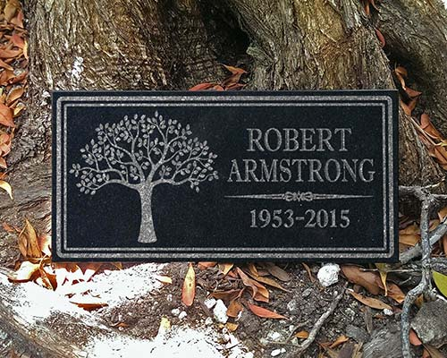 Custom engraved outdoor memorial plaque