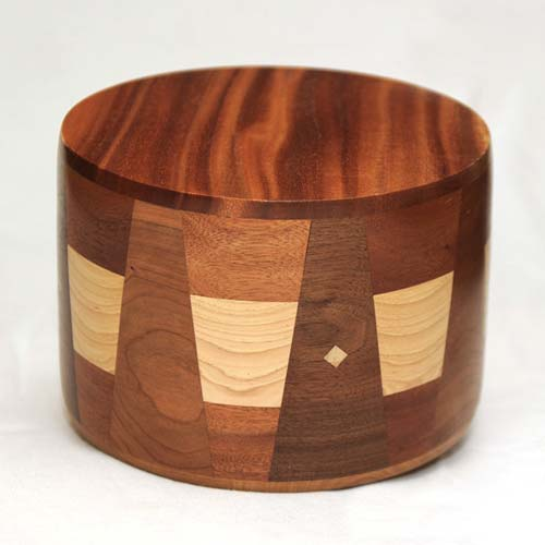 Round Cremation Urn with Rustic Wood Inlays