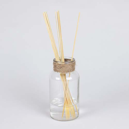 DIY Reed Diffuser with Bamboo Skewers