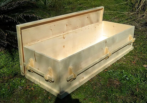Graydon Creek Wood Caskets