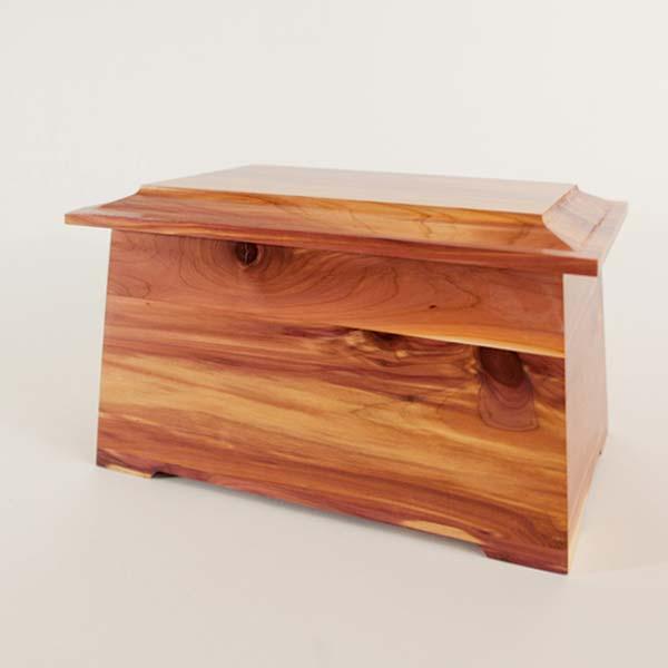 Urn Gallery - Cedar Wood Urn