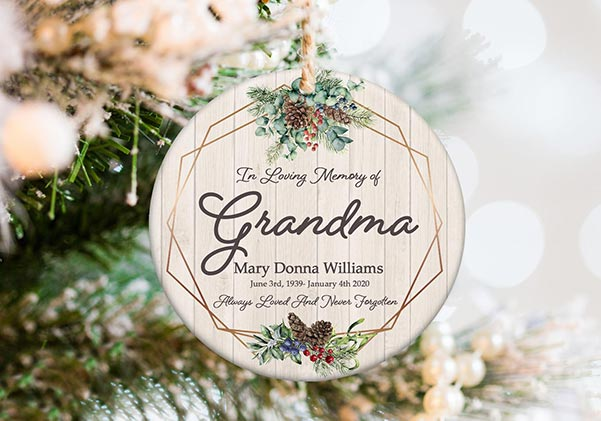 In Loving Memory Memorial Ornament for Grandmothers