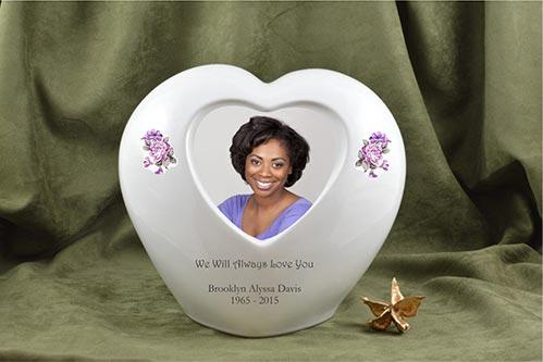 Heart Urn with Photo- 50 Beautiful Ceramic Urns
