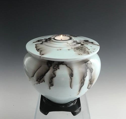Horsehair Raku- 50 Beautiful Ceramic Urns